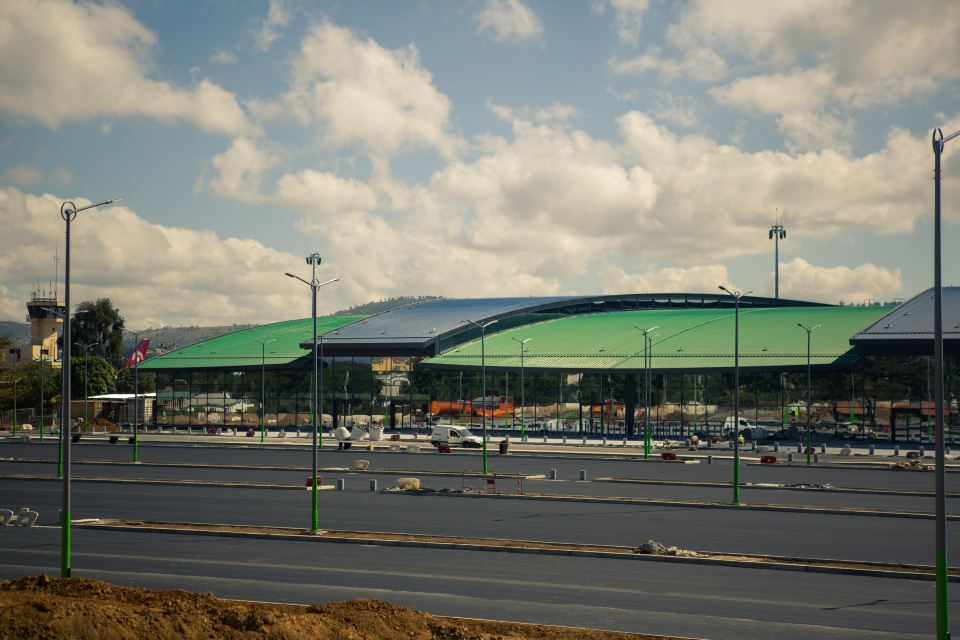 New international terminal Ivato Mai 2019